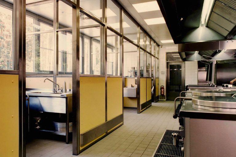 Großküchentrennwandanlagen